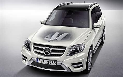 Mercedes Benz Glk 2012 Wallpaper
