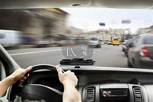 Affichage Tete Haute : focus d mocratise l 39 affichage t te haute pour tous les v hicules technologie auto evasion ~ Maxctalentgroup.com Avis de Voitures
