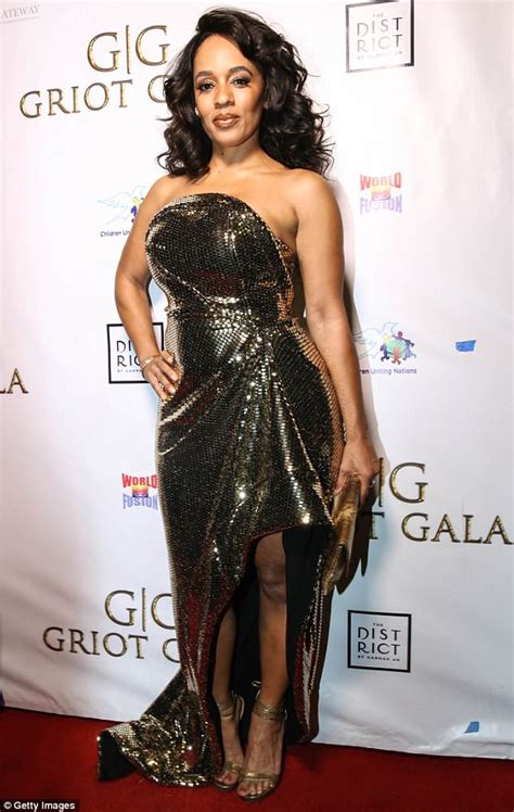 melyssa ford suffers cracked skull  concussion