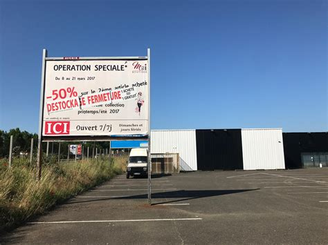 location local commercial 1 396 m 178 mont de marsan 40 sitescommerciaux immobilier
