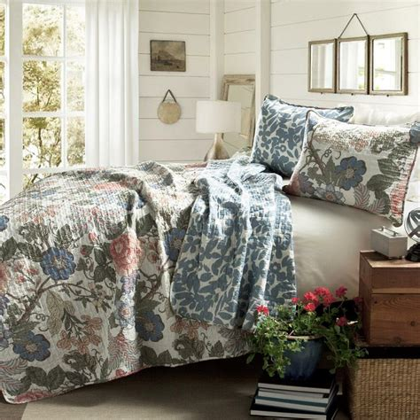 King Size Coverlets And Quilts by Floral 3 Reversible Blue Solid Coverlet Set 1 Quilt