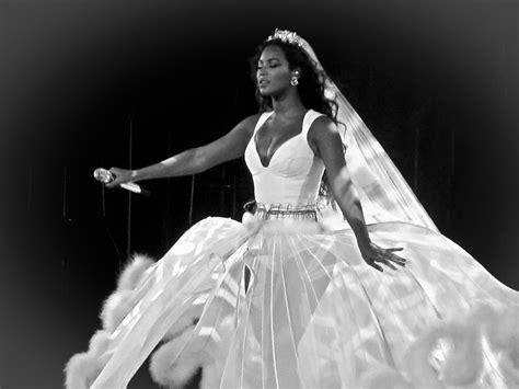Beyonce's 2008 Wedding Dress Revealed