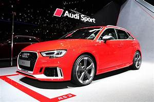 Audi Rs 3 : 2018 audi rs 3 sportback debuts at 2017 geneva auto show ~ Medecine-chirurgie-esthetiques.com Avis de Voitures