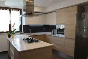 kitchen with island design progettazione di una cucina angolare con penisola