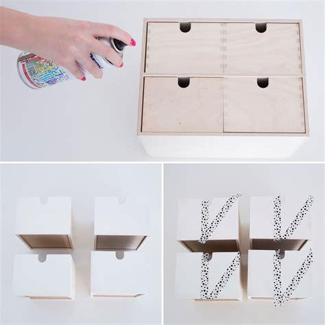 bureau avec rangement ikea transformez ce rangement ikea pour embellir votre bureau