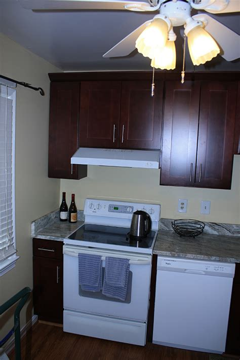 mocha shaker kitchen cabinets buy mocha shaker bathroom cabinets 7570