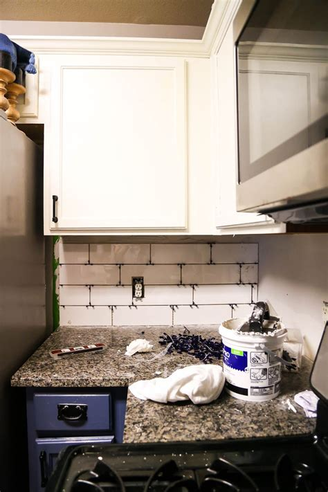 Kitchen Backsplash How To Install by How To Install A Subway Tile Backsplash Tips Tricks