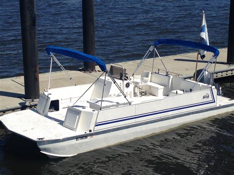 Beachcat Pontoon Boats For Sale by 26 X10 Beachcat The Hull Boating And Fishing Forum