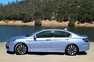 Honda Accord 2017 : 2017 honda accord hybrid first drive ~ Melissatoandfro.com Idées de Décoration