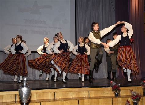 Noteikts jauniešu deju kolektīvu konkursa