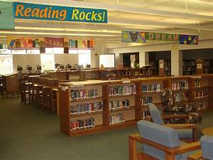 Library - Franklin Regional Middle School