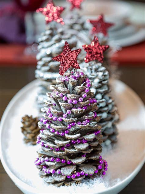 Make A Pinecone Centerpiece For The Holidays Hgtv