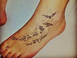 Sprüche Für Tattoos : lasse dich von diesen sch nen tattoovorlagen inspirieren ob ein kleines oder gro es tattoo f r ~ Frokenaadalensverden.com Haus und Dekorationen