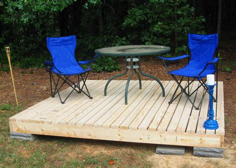 Simple 8x8 Deck Plans by How To Build A Fabulous Diy Floating Deck The Garden Glove