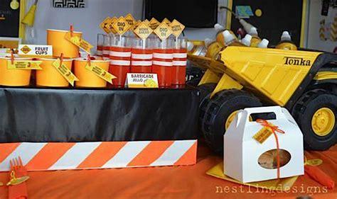 construction truck themed 1st birthday party planning ideas kara 39 s party ideas construction truck big rig boy birthday