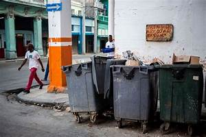 Havana fights trash problem ahead of 500th anniversary