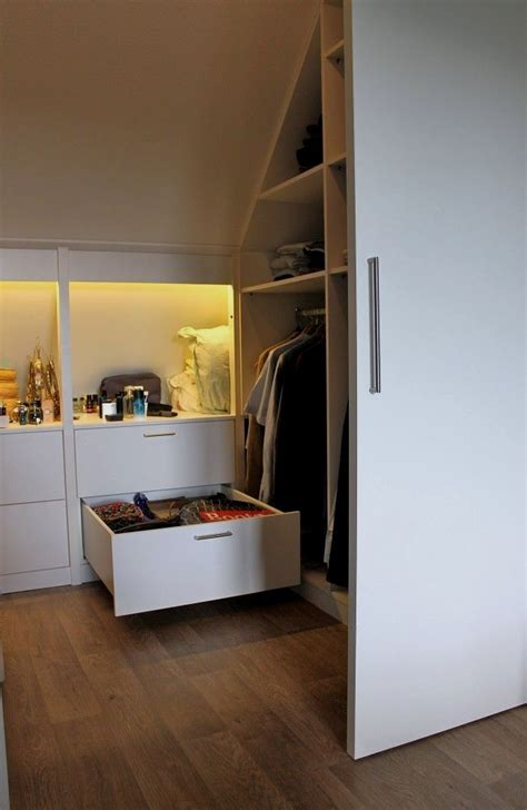 foto de 15+ Loft Room Ideas That Will Give You Extra Floor Space