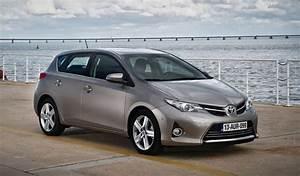 Avis Toyota Auris Hybride : caradisiac 1er site d 39 info automobile essais nouveaut s guides d 39 achat auto ~ Gottalentnigeria.com Avis de Voitures