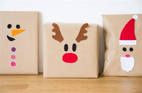 diy paquets cadeaux noel feutrine colores enfant renne pere noel bonhomme de neige godiche