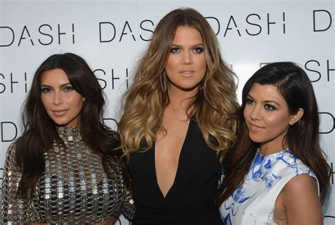 All Three Kardashian Sisters Wore (Very Different!) Smoky ...