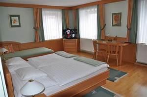 Zimmer Nr 4 : gasthof komfortzimmer bilder zimmer nr 4 ~ Markanthonyermac.com Haus und Dekorationen