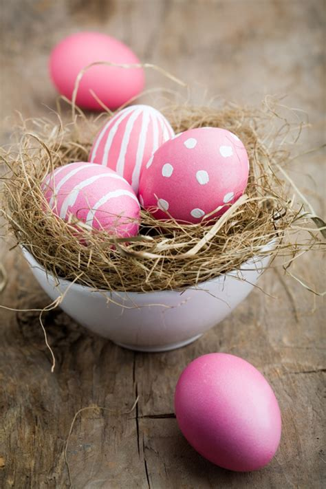 pink polka dot easter eggs