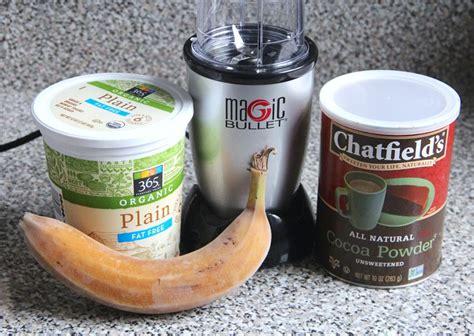 I used one small really ripe frozen banana. Chocolate Banana Frozen Yogurt (Magic Bullet Blog)   Banana frozen yogurt, Chocolate banana ...