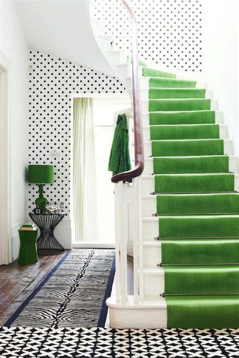 moquette blanche pas cher le tapis pour escalier en 52 photos inspirantes