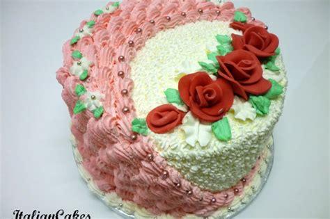 torte di compleanno decorate con fiori torta di compleanno decorata con panna montata italian cakes