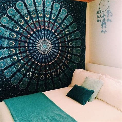Bedroom Tapestry Uo by 25 Best Ideas About Tapestry Bedroom On