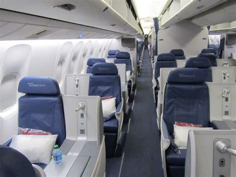 delta 717 cabin secret revealed why i like 1a in delta s business elite