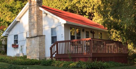 hotel cottage door county bed and breakfast fish creek lodging and