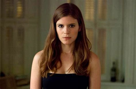kate mara house of cards kate mara says the fantastic four won t be based