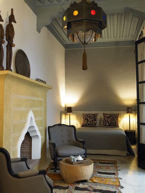 mysterious moroccan bedroom designs digsdigs