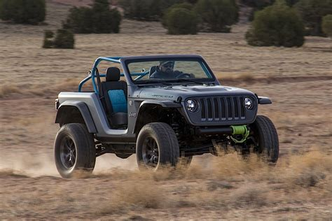 mopar jeep wrangler jeep wrangler renegade by mopar presented autoevolution