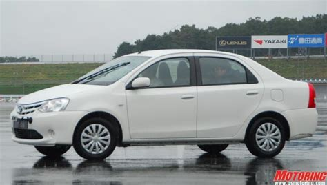 Toyota Etios Valco Hd Picture by Toyota Etios Vx 3200x1200 Picture
