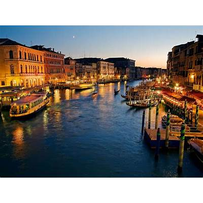 Images Venice in Italy Night view 5273