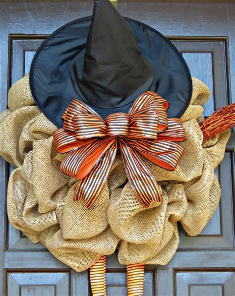 diy witch wreath
