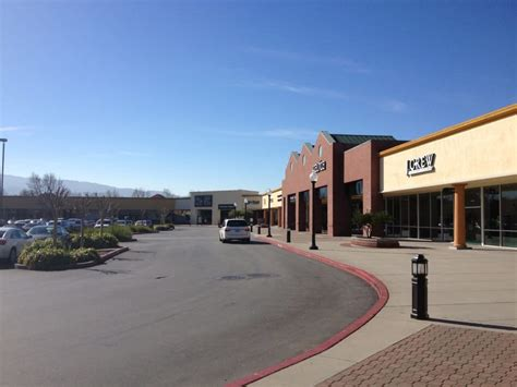 Outlet Gilroy Ca by Photos For Gilroy Premium Outlets Yelp