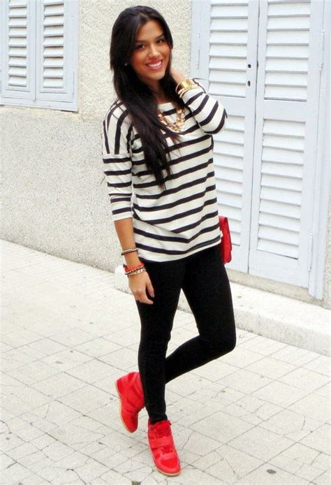 Black and white stripes with bright red. This makes me want to get some red shoes. | Outfits ...
