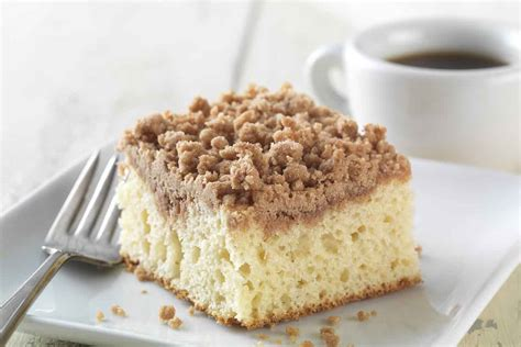 gluten  cinnamon streusel coffeecake   baking