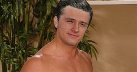 Malecelebritiesnaked A Smooth Naked Josh Hutcherson Ii