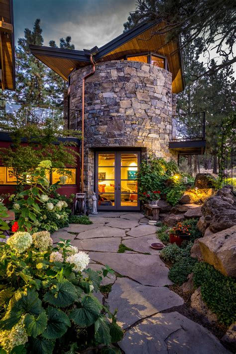 Backyard Landscape Designs by 15 Stunning Rustic Landscape Designs That Will Take Your
