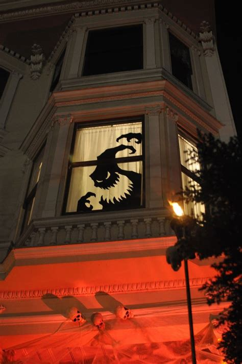 halloween window decorations ideas  spook   neighbors