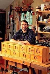 R-NYW8121 - Nest of Drawers Woodworking Plan Featuring