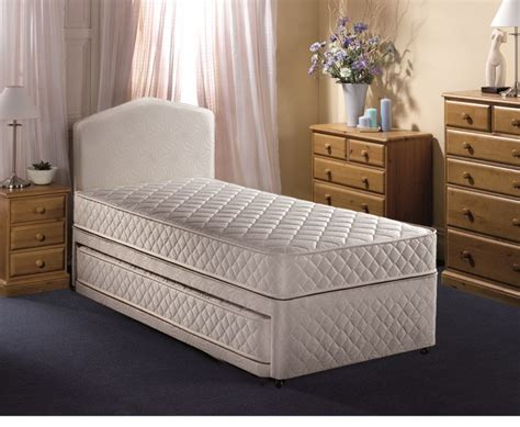 Small Single Bed by Airsprung Quattro 2ft6 Small Single Divan Guest Bed By