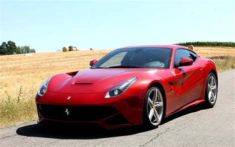 2012 Ferrari F12 Berlinetta Wallpaper
