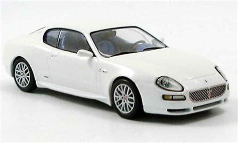 white maserati sedan 2003 maserati coupe white 200 interior and exterior images