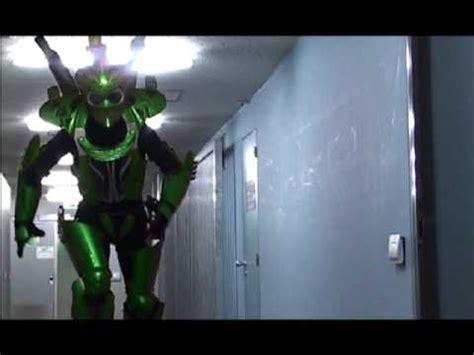 alien voyagers theatre  stilts springstilts robots
