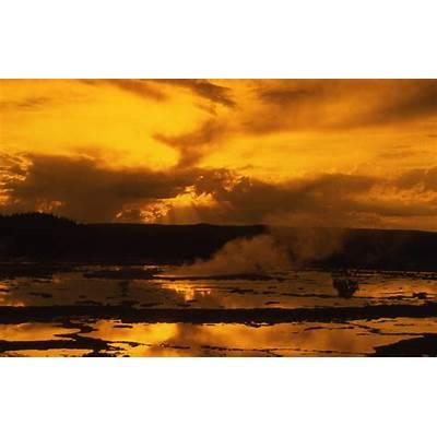 Yellowstone History: Great Fountain Geyser -